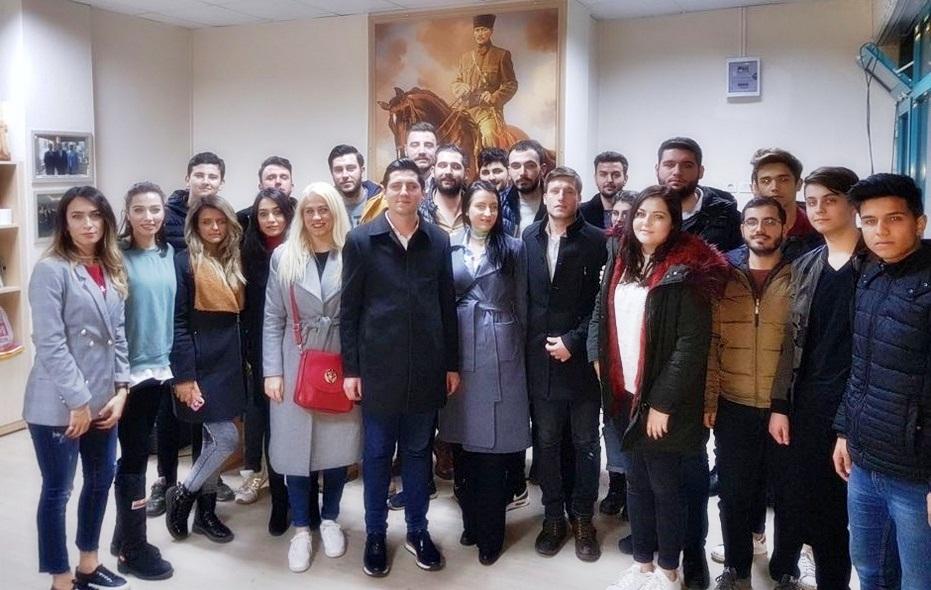 CHP BORNOVA GENÇLİĞİ HIZLI BAŞLADI