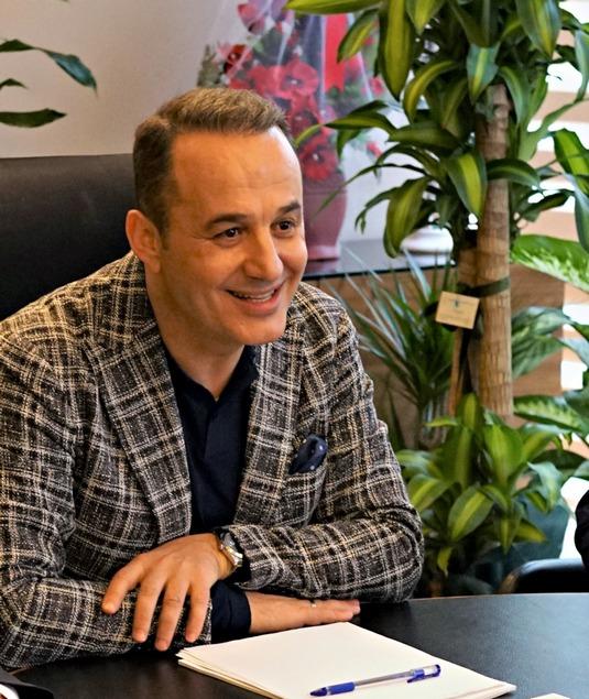 """""""AĞZIYLA SÖYLEDİĞİNİ KALBİYLE HİSSETMİYOR"""""""