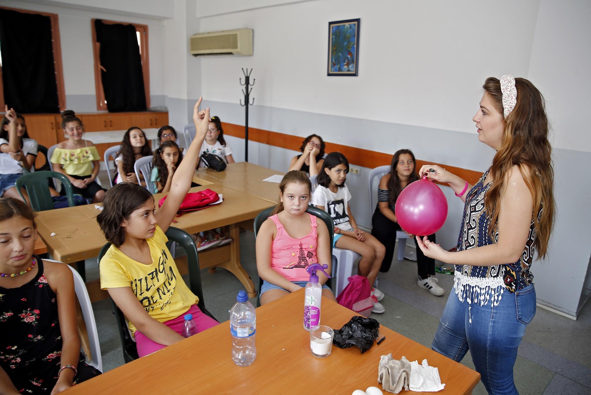 Konak'ta 1600 minik Yaz Okulu'ndan faydalandı