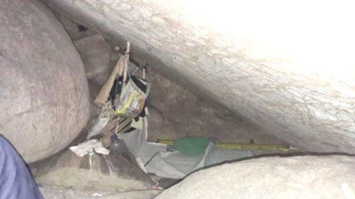 Endonezya'da 15 yıl boyunca bir mağarada esir tutulan kadın kurtarıldı