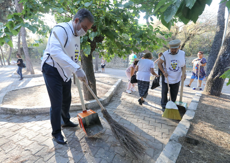Başkan Piriştina'dan temizlik hareketine anlamlı destek