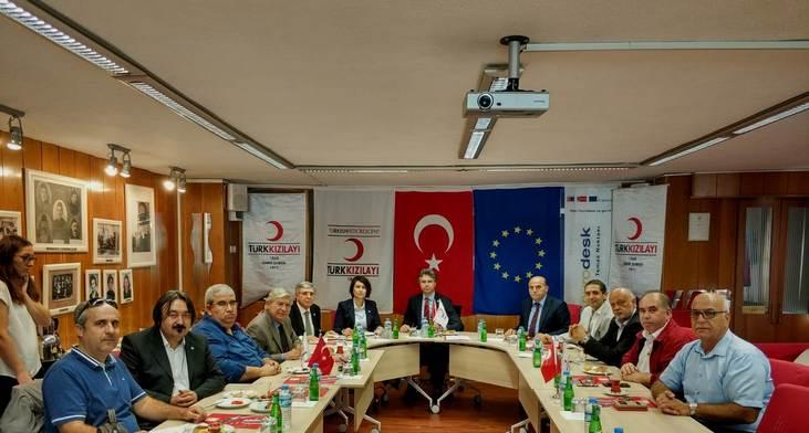 Kızılay Yönetimi İzmir Medya Platformu İle Bir Araya Geldi