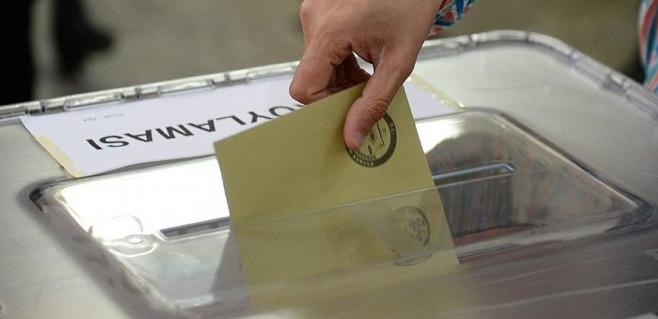 Seçim öncesi ilk anketten çok çarpıcı sonuçlar