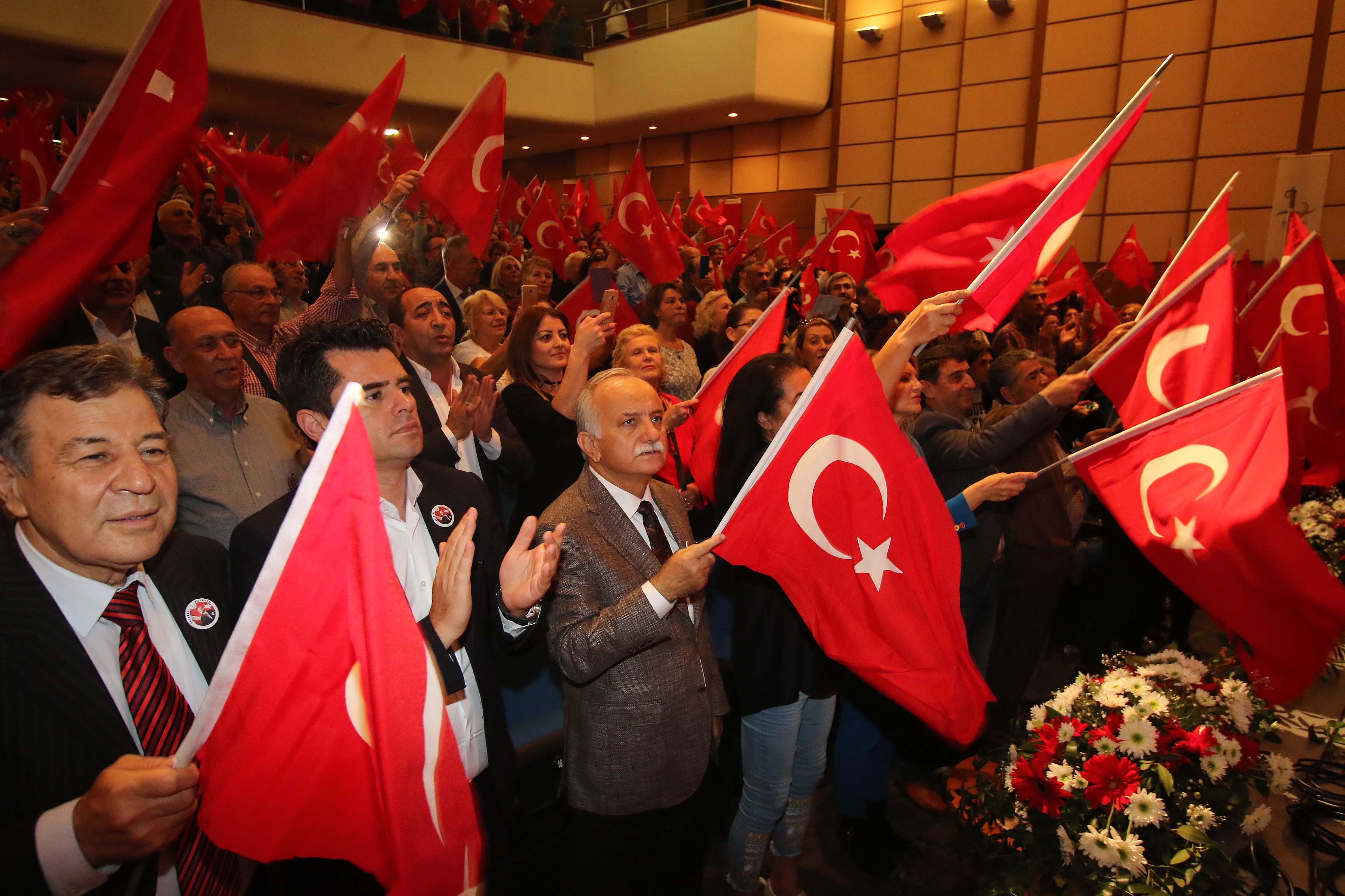 """Karabağ, """" Bayraklı'da oluyorsa, Türkiye'de de olacak """""""