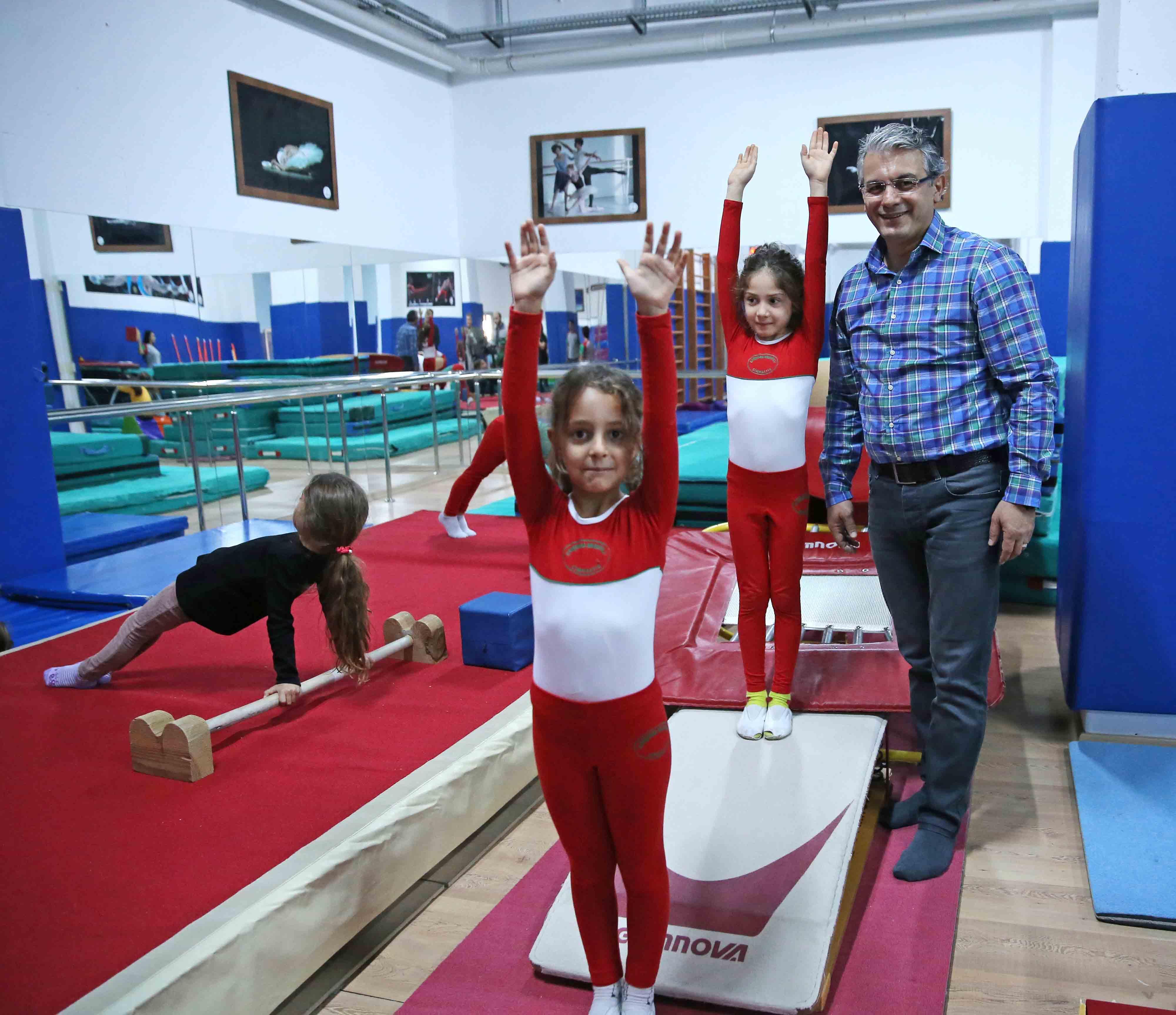 Karşıyaka'da spor kurslarına büyük ilgi
