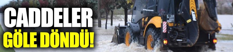 Edirne'de sağanak yağış caddeleri göle çevirdi