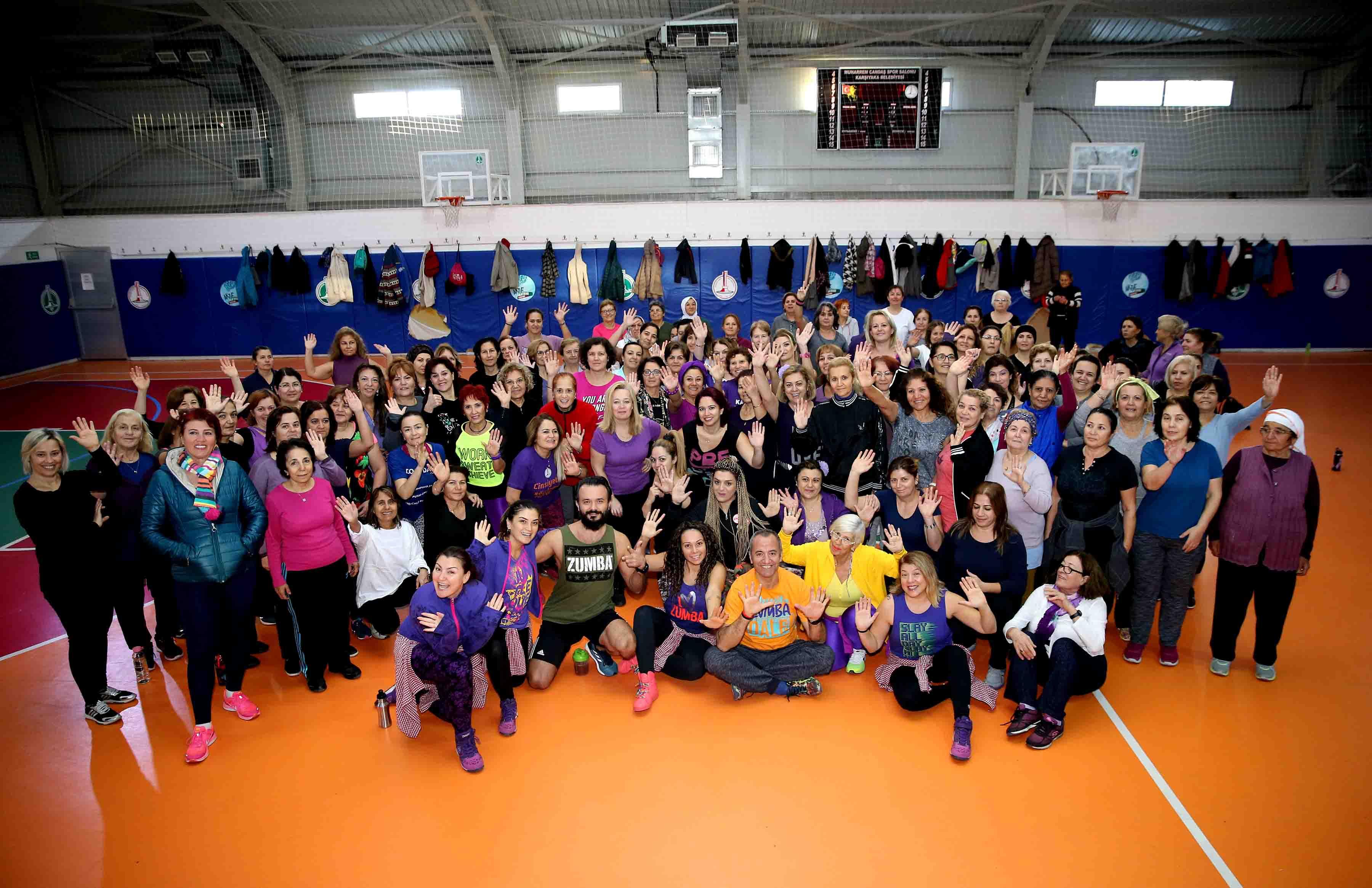 Karşıyakalı kadınlar sporda buluştu