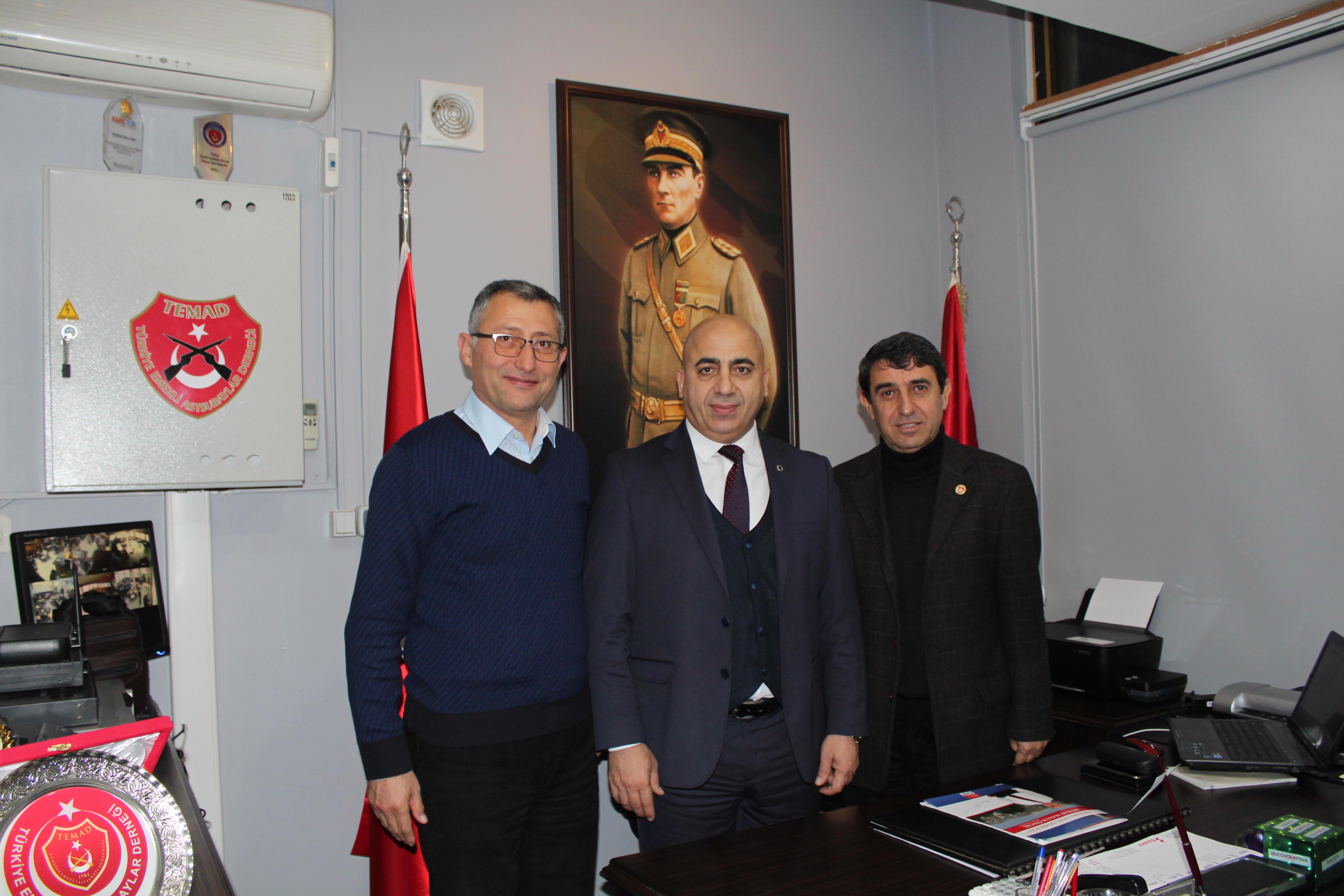 Murat Haluk Öncel Türkiye Emekli Astsubaylar Derneği Bayraklı İlçe Başkanlığı Dernek Lokalini ziyaret etti