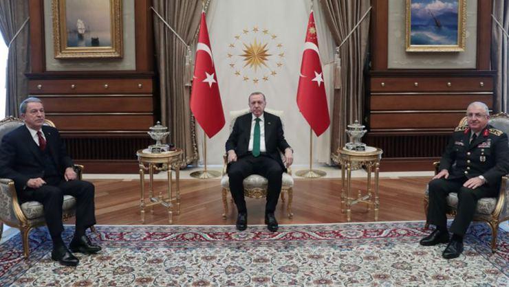Milli Savunma Bakanı Akar ile Genelkurmay Başkanı Güler Beştepe'de