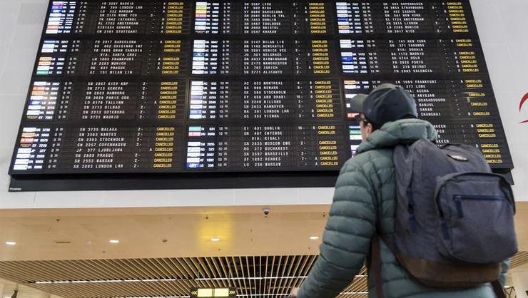 Belçika'da 24 saatlik genel grev nedeniyle hayat durdu, ülke hava sahası kapandı