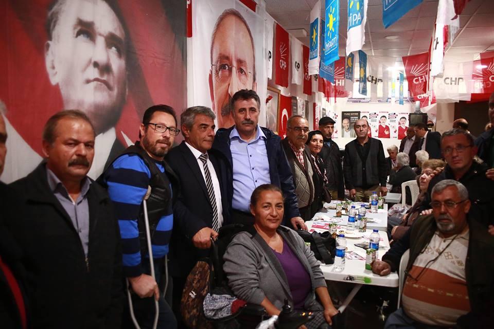 CHP'Lİ SANDAL, BAYRAKLI'DA ENGELLİLERLE BULUŞTU