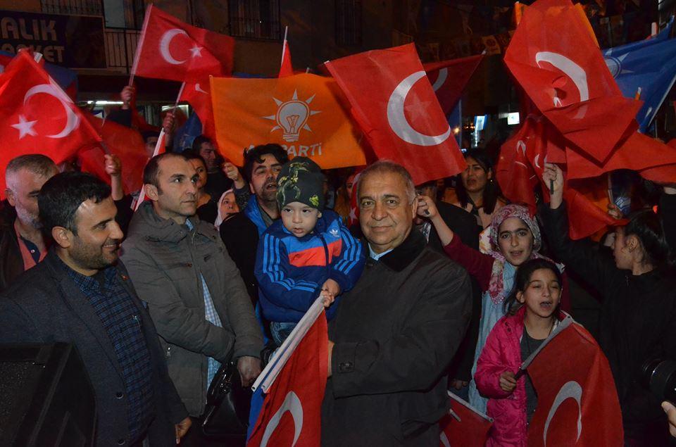 Cumhur İttifakı'ndan Eski İzmir'de Gövde Gösterisi