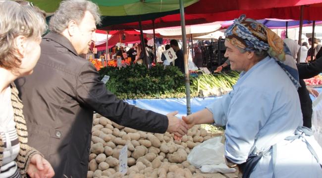 İduğ'dan üretici kadınlara 10 bin tavuk müjdesi