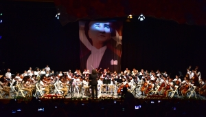 Bornovalı çocuklardan muhteşem 23 Nisan konseri