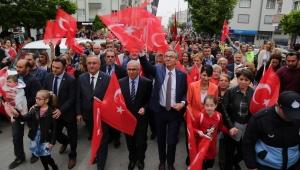 Gaziemir'de 'bayram havası' 23 Nisan coşkusu hafta boyu sürecek