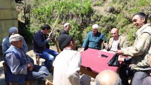 Tunç Soyer En Düşük Oyu Aldığı Kiraz İlçesi Dokuzlar Mahallesini Ziyaret Etti