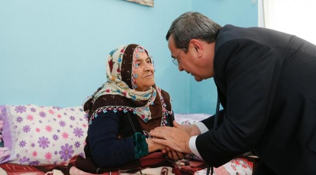 96 yaşındaki 'Türkiye' Anne'ye anlamlı ziyaret