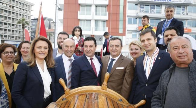 ATATÜRK'ün rotasında İzmir molası