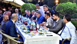 Bornova'da önce meclis sonra iftar birlikteliği