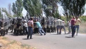 Ardahan'da İki Köyde Kavga, Bir Çok Kişi Yaralandı! Kazada 1 Kadın Öldü!