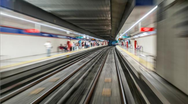 İzmir'e bir metro hattı daha geliyor