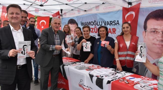 MENEMEN BELEDİYE BAŞKANI AKSOY İMAMOĞLU'NA DESTEK İÇİN İSTANBUL'DA