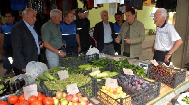Başkan Demir, kapalı halk pazarında