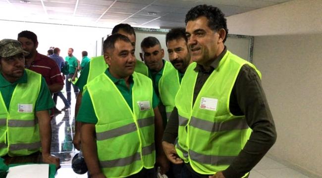Temizlik personeline yeni iş kıyafetleri dağıtıldı
