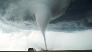 Ardahan Hanak'ta Rüzgar ve Hortum hayatı olumsuz etkiledi