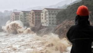 Çin'i 'Lekima' tayfunu vurdu: 13 ölü, 16 kayıp