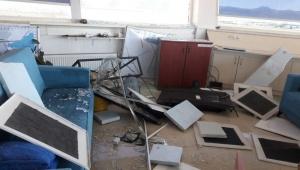 Ege'de 4 saatte 56 deprem oldu: 'Maymun Dağı fayı harekete geçti'