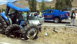 İki ayrı trafik kazasında 5 kişi yaralandı