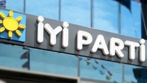 İYİ Parti'de Akşener'e yakın isimden istifa