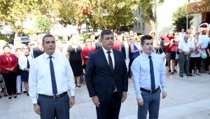 """Karşıyaka 9 Eylül'ü """"İzmir Marşı"""" ile kutladı"""