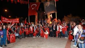Güzelbahçe'de Cumhuriyet Bayramı coşkuyla kutlandı