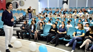 Bornova'da 'Diyabet' çocuklara anlatıldı
