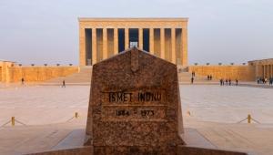 Usta gazeteci Karar'ın objektifinden Anıtkabir sergisi