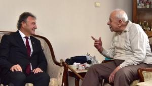 İduğ'dan eski başkana vefa ziyareti