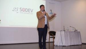 Bayraklı'da yerel yönetim ve eğitim politikaları tartışıldı