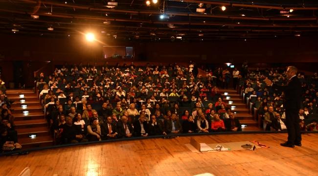 Narlıdere Belediyesi'nden deprem ve ilk yardım semineri