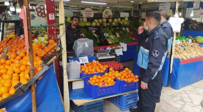 İzmir pazarlarında koronavirüs önlemleri
