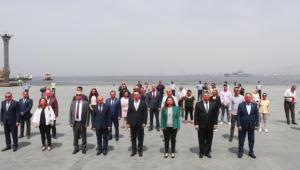 CHP İzmir 19 Mayıs İçin Meydandaydı