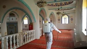 Çiğli'de camiler ibadete hazır