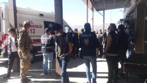 Husumetli iki aile kavga etti: 2 ölü