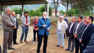 Ödemiş Belediyesi'nden erik ve kiraz üreticisine destek