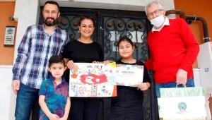 Ödemiş'te 23 Nisan Şiir ve Resim yarışmasının ödülleri verildi