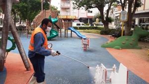 Ödemiş'te çocuk oyun grupları dezenfekte ediliyor