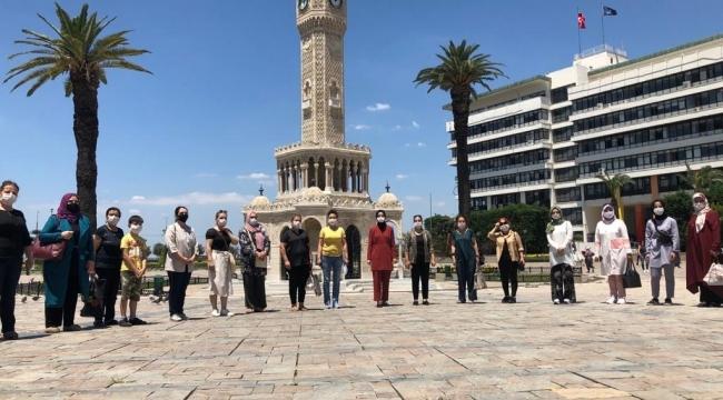 AK Kadın İzmir'den Sokak Hayvanları İçin Çağrı