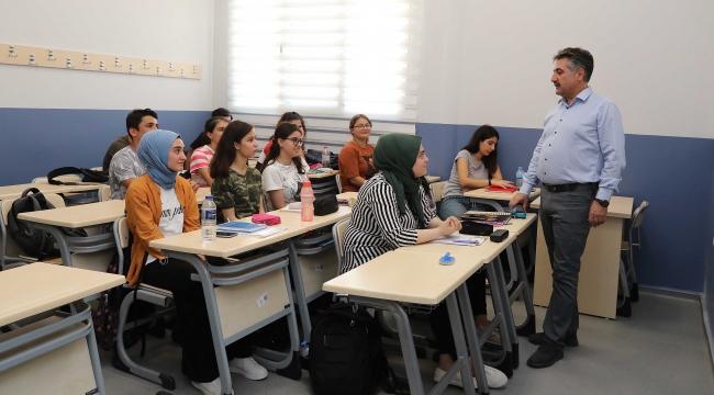 BAYSEM yeni öğrencileriniseçiyor