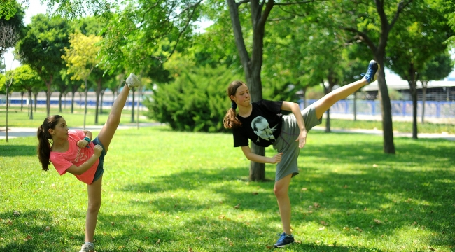 Çiğli'de Sosyal Mesafeli Taekwondo Antrenmanı